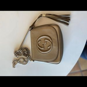 Gold Gucci Crossbody used great condition